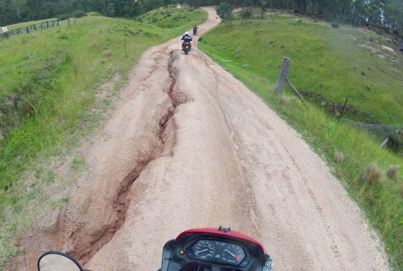 Six Foot Track Cox River Campground road grooves Peter UweKarl